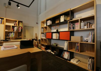 office-332211_1920
